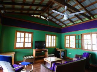 3 bedroom House with Deck in Isla Bastimentos - Isla Bastimentos vacation rentals