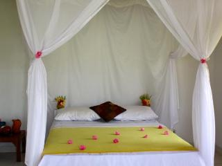 OaseBeach Bungalow 1 - Pemuteran vacation rentals