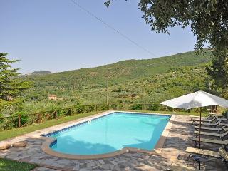 Nice Villa with Internet Access and DVD Player - Pergo di Cortona vacation rentals