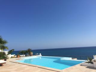 AMAZING VILLA GABAL AL HAREEM - Hurghada vacation rentals