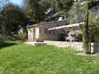 LA BAUMO 1  Ferienhaus / cottage / 2 Pers. / Hund - Le Beaucet vacation rentals