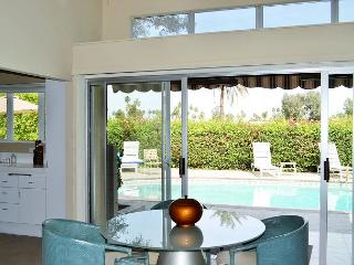 3BR/3BA Golf Course House w/ Pool & Hot Tub, Palm Springs, Sleeps 6 - Palm Springs vacation rentals