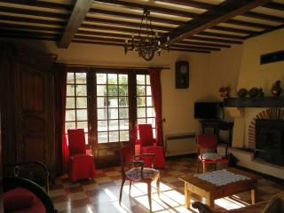 3 bedroom Gite with Internet Access in Arles - Arles vacation rentals