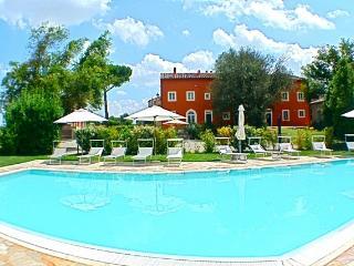 Beautiful 2 bedroom Condo in Peccioli - Peccioli vacation rentals