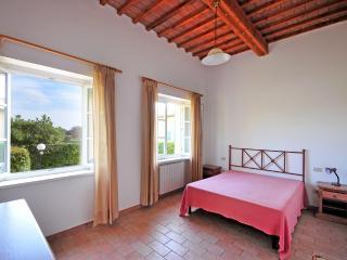 ADORNI bilo - Collemezzano vacation rentals