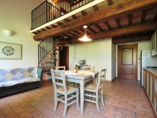 ADORNI trilo - Collemezzano vacation rentals