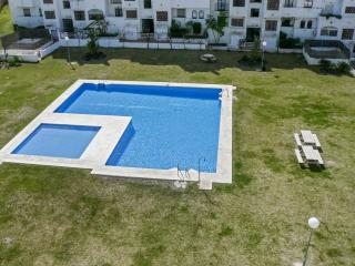 Traditional Andalusian apartment in Estepona with pool and sea view, near golf and beach – sleeps 6 - Puerto de la Duquesa vacation rentals