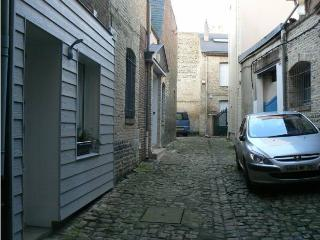Nice Townhouse with Internet Access and Television - Dieppe vacation rentals