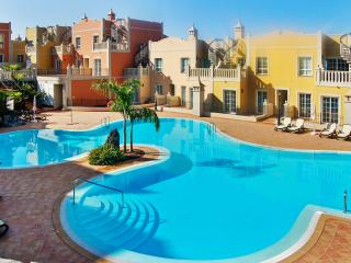 Spacious duplex in Palm-Mar, Tenerife, with 2 bedrooms, terrace, pool and sea view - Tenerife vacation rentals