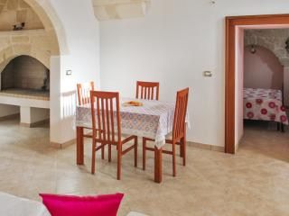 Beautiful house in the historic centre of Surano, Puglia, with 4 bedrooms, air con & rooftop terrace - Torre Vado vacation rentals