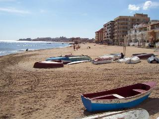 Rent an apartment near the sea and lakes - Alicante vacation rentals