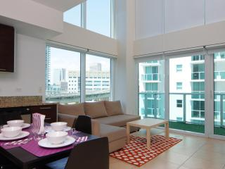 Sleek 2 Bedroom Loft with Riverfront Views in Brickell - Miami vacation rentals
