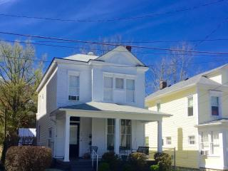 120 N Bellaire Ave Louisville, KY 40206 - Kentucky vacation rentals