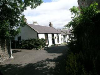 2 bedroom Cottage with Internet Access in Upper Largo - Upper Largo vacation rentals