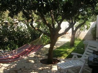 """Casa con giardino vicino alle """"Maldive del Salento - Morciano di Leuca vacation rentals"""