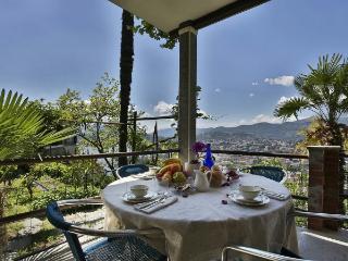 Comfortable 2 bedroom Condo in Lugano - Lugano vacation rentals