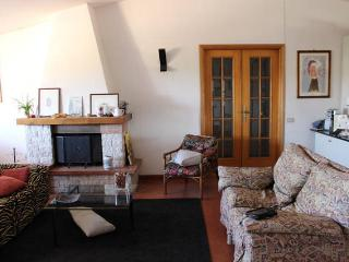 Charming 2 bedroom Cellere Apartment with Internet Access - Cellere vacation rentals
