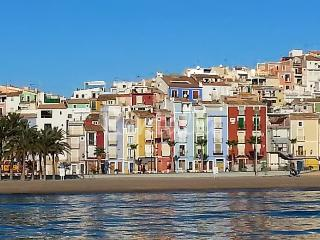Family-friendly house on the Costa Blanca with air con, sleeps 4, 10-minute walk from the beach - Orxeta vacation rentals