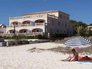 Apartment 4 Punta Prima 1 Bedroom Apartment - Sant  Lluis es vacation rentals