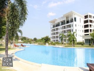 Villas for rent in Hua Hin: C6137 - Prachuap Khiri Khan Province vacation rentals