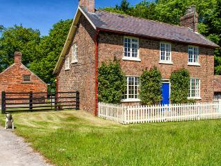 Holme Wold Farm Cottage, South Dalton, Beverley - Beverley vacation rentals