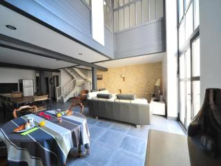 Nice House with Internet Access and Satellite Or Cable TV - Ile de Re vacation rentals