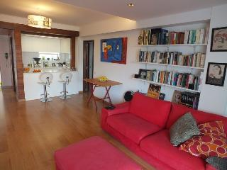 1 bedroom Condo with Internet Access in Carcavelos - Carcavelos vacation rentals