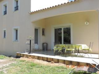 3 bedroom Villa with Dishwasher in Saint Etienne du Gres - Saint Etienne du Gres vacation rentals