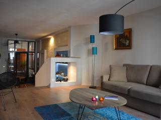 L'appart du Jardin Public / Grand T2 avec patio - Bordeaux vacation rentals