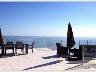 Private infinity pool w seaview - Salobrena vacation rentals