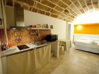 Appartamento Ginestra nel cuore del Salento - Sannicola vacation rentals