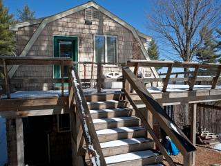 2 bedroom Cottage with Deck in Lake Placid - Lake Placid vacation rentals