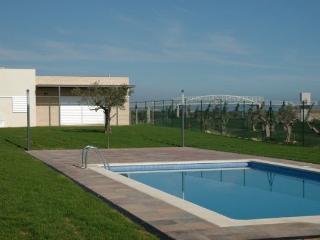 Casa con piscina cerca de Playa y Campo de Golf - Tarragona vacation rentals