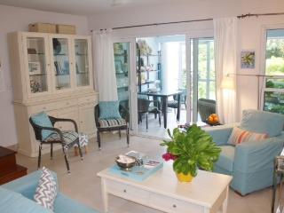 Bijou. 2 bed 2 story Grace Bay townhome - Providenciales vacation rentals