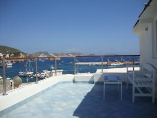 Beautiful 1 bedroom Ponza Condo with A/C - Ponza vacation rentals