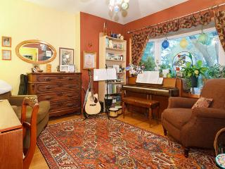 Charming A Frame in Avondale - Chicago vacation rentals