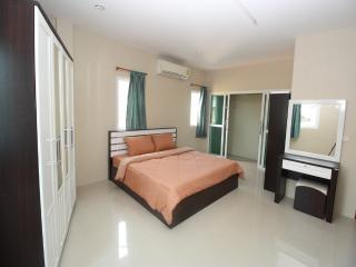 Sirin house in Krabi town room 3 - Ao Nang vacation rentals