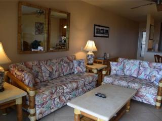 Beautiful 2 bedroom Kahana House with DVD Player - Kahana vacation rentals