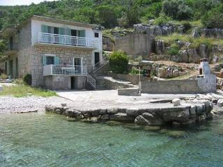 Apartments - Pokrivenik 2 Hvar - Gdinj vacation rentals