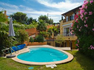 Air-conditioned villa with pool, jacuzzi, sauna - Carry-le-Rouet vacation rentals
