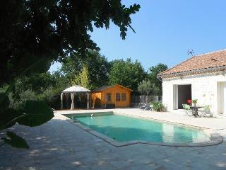 Gîte avec piscine chauffée et SPA (selon saison)on - Anduze vacation rentals