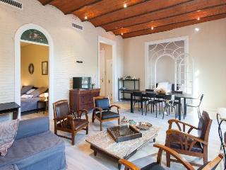 Stay in the heart of Barcelona by Plaza Catalunya - 4BR/2.5BA city centre home. - Barcelona vacation rentals