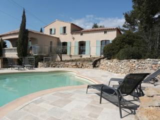 Villa avec vue mer cœur des vignes - La Cadiere d'Azur vacation rentals