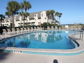 Summerhouse, 2 Bedroom, 2 1/2 Bath, Ocean View Condo, Steps To The Beach - Crescent Beach vacation rentals