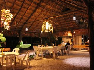 Gran Villa para 16 personas con Cenote Privado. - Cancun vacation rentals