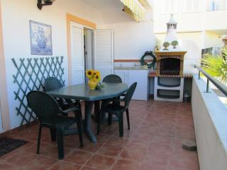 Holiday rental apartment,quiet location in Porches - Porches vacation rentals