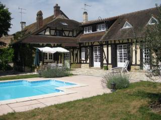 Family Home in Normandy - 50 minutes from Paris - Croisy-sur-Eure vacation rentals