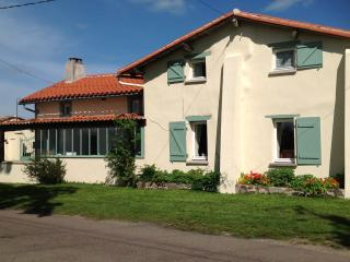 Adorable 2 bedroom B&B in Manot with Kettle - Manot vacation rentals