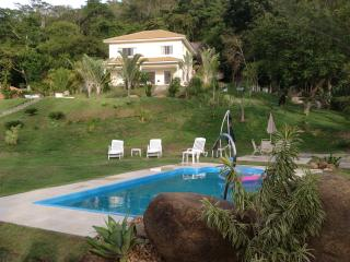 Nice House with A/C and Long Term Rentals Allowed (over 1 Month) - Barra de Guaratiba vacation rentals