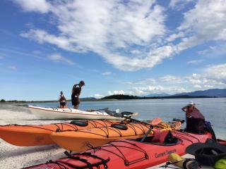 Cozy Waterfront Retreat in the Comox Valley, BC - Fanny Bay vacation rentals